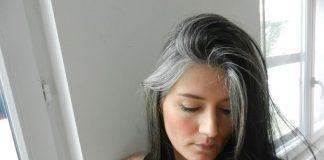Ăn gì chữa tóc bạc sớm hiệu quả không tốn kém